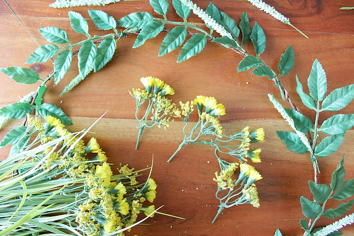 DIY (faux) Wildflower Wreath - clip yellow flowers