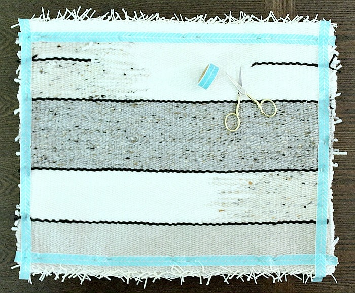 DIY Woven No-Sew Pillow - tape and pin together.