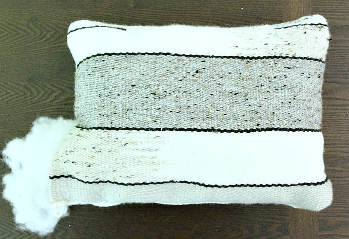 DIY Woven No-Sew Pillow - stuff pillow.