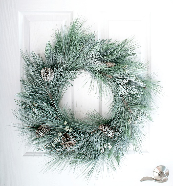 How To Snow Spray a Wreath