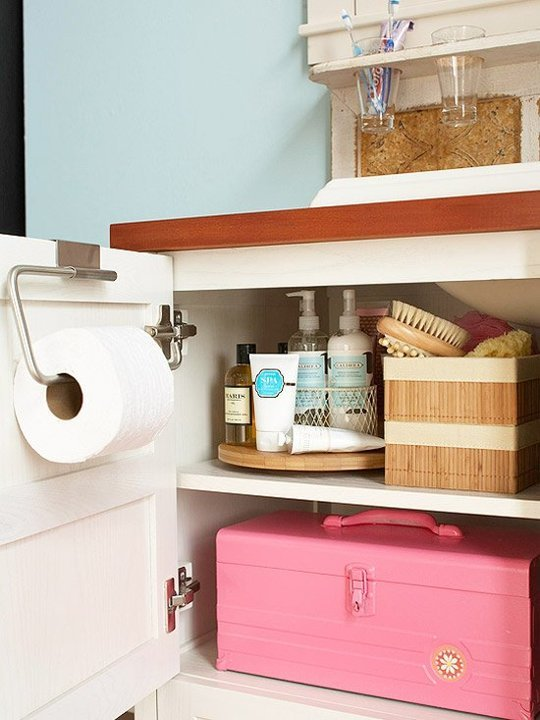 Organizing under the bathroom sink - tips at Apartment Therapy - via aprettyfix.com