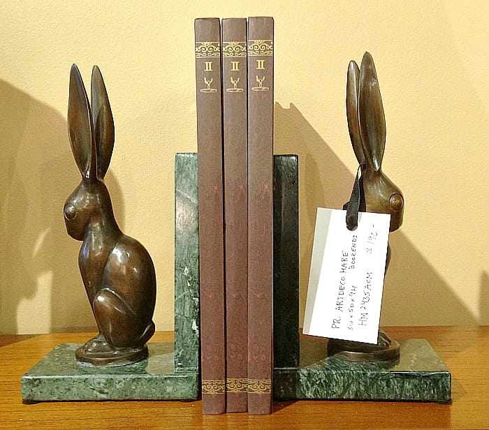 Chic furniture - bookends