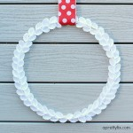 Minimalist Felt Boxwood Wreath