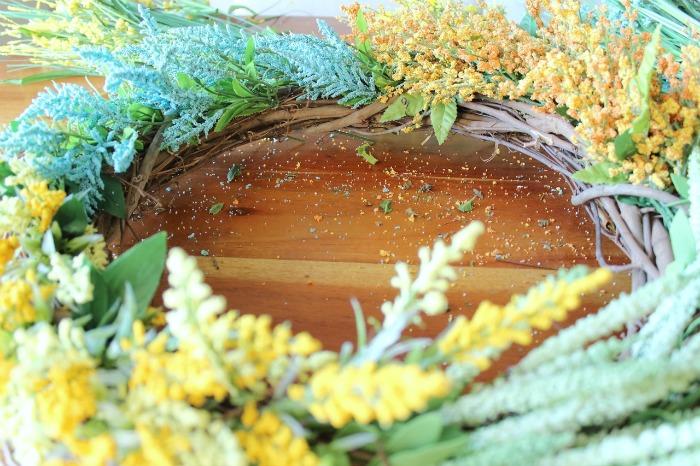 DIY (faux) Wildflower Wreath - fill in the gaps