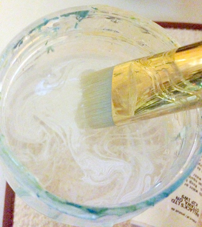 How to create whitewash abstract art - remove excess white in jar filled with water