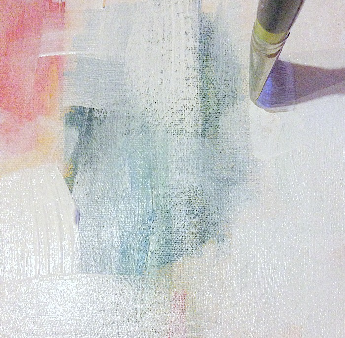 How to create whitewash abstract art - applying the whitewash