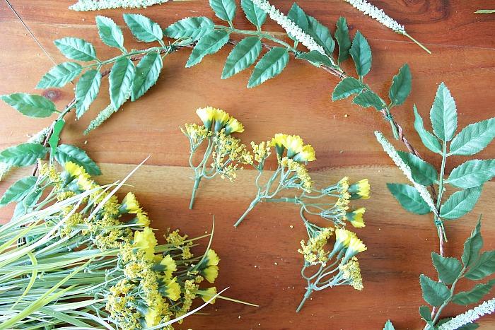 DIY (faux) Wildflower Wreath - clip yellow flowers