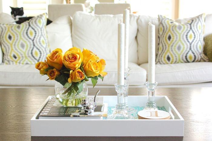 coffee table styling, 5 ways - aprettyfix.com
