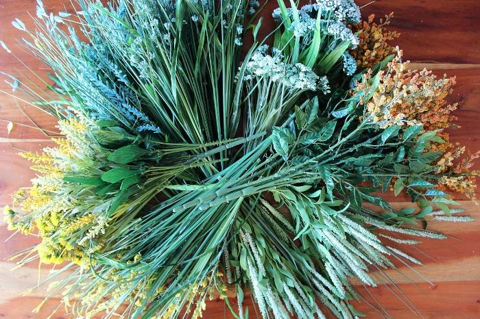 Determine Design: DIY (faux) Wildflower Wreath