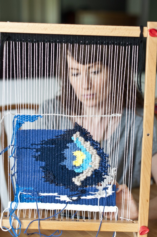 An interview with weaver and blogger, Kate, from the 'The Weaving Loom,' the go-to resource for all things weaving related. Kate's blog is filled with everything from basic weaving techniques to resources for beginner and intermediate weavers alike. If you don't already know her, you will soon become a fan!