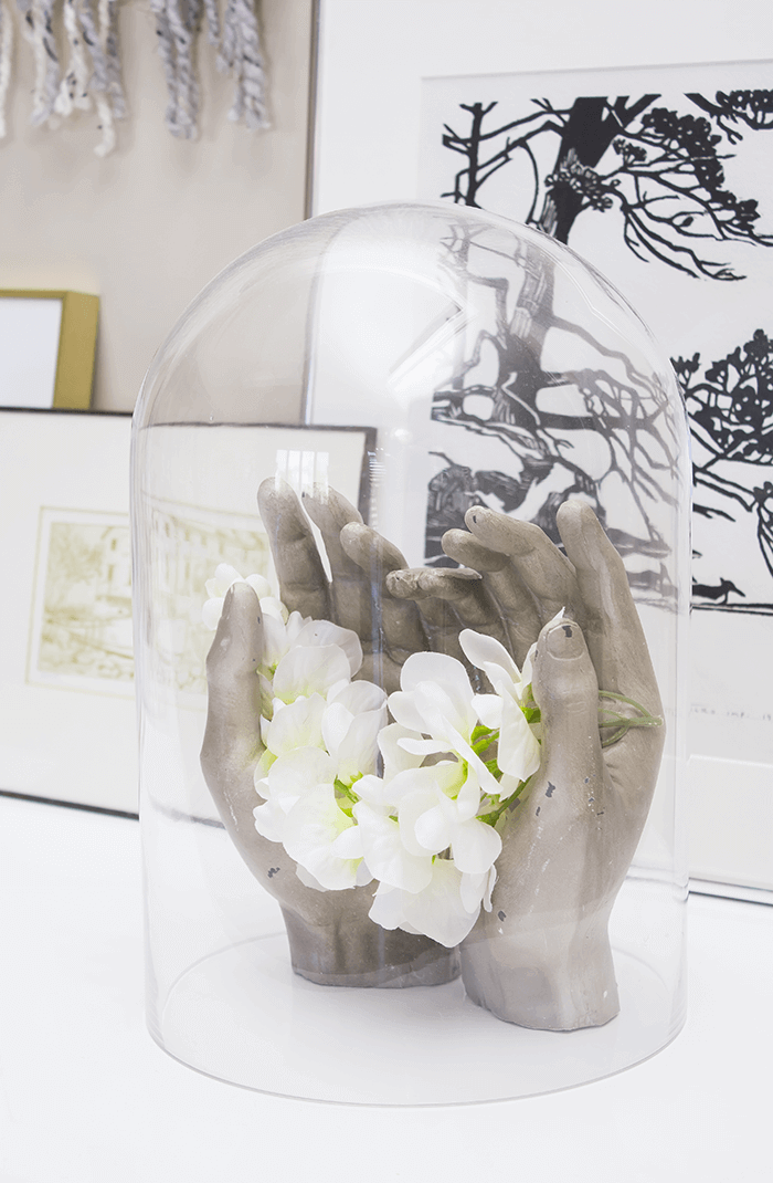 5 Simple & Creative Ways To Integrate Flowers In Your Home