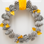 Pretty Pine Cone Wreath DIY