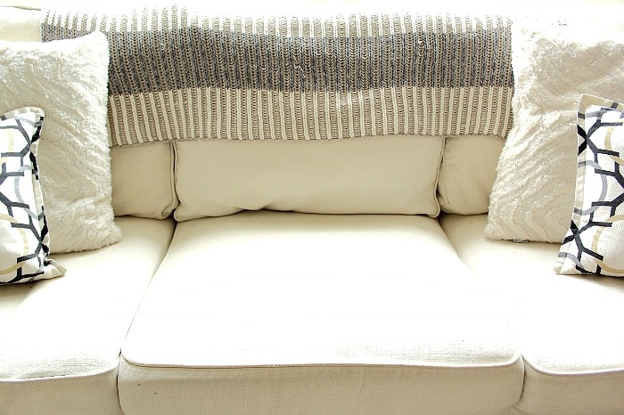 3 Steps to Styling a Sofa // aprettyfix.com