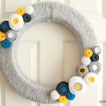 DIY yarn and felt wreath tutorial - aprettyfix.com