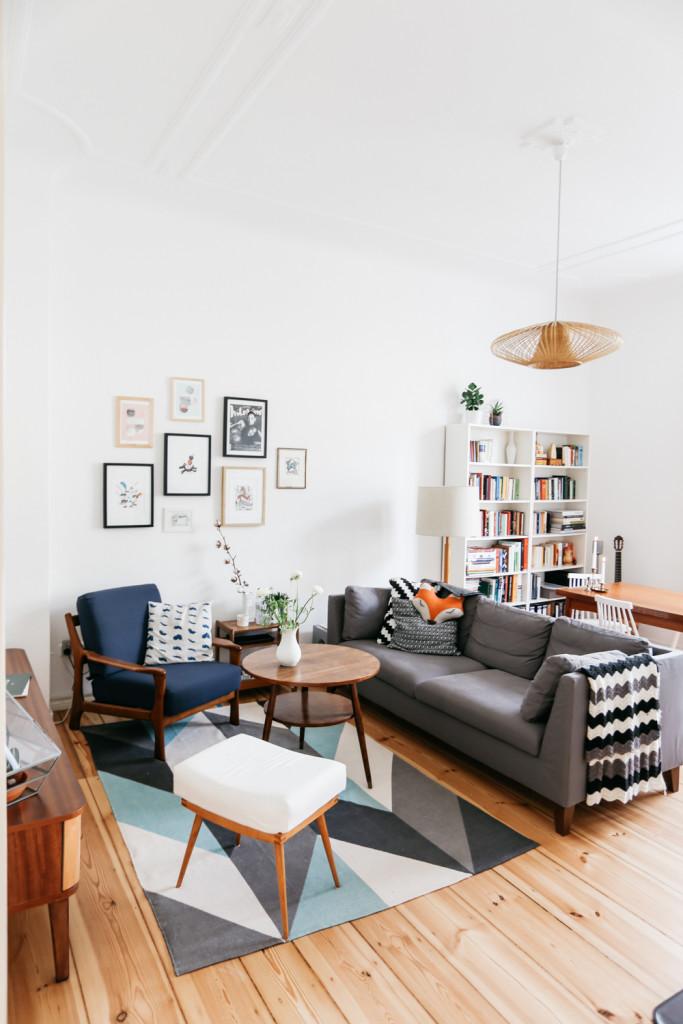 Living Room Layout - floating furniture
