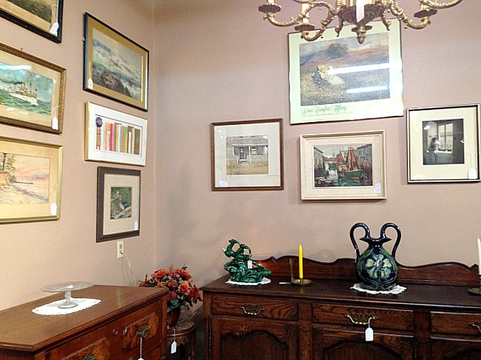 A gallery wall inspiration for our Great Room? Loved the well-loved prints and frames of these little treasures.